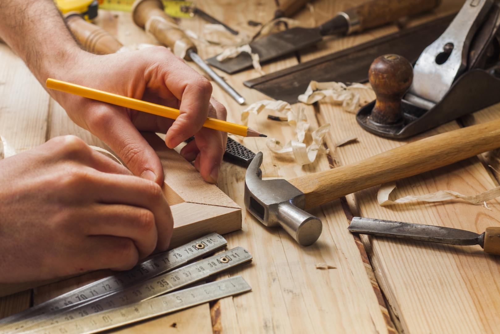 outils de travail d'une menuiserie